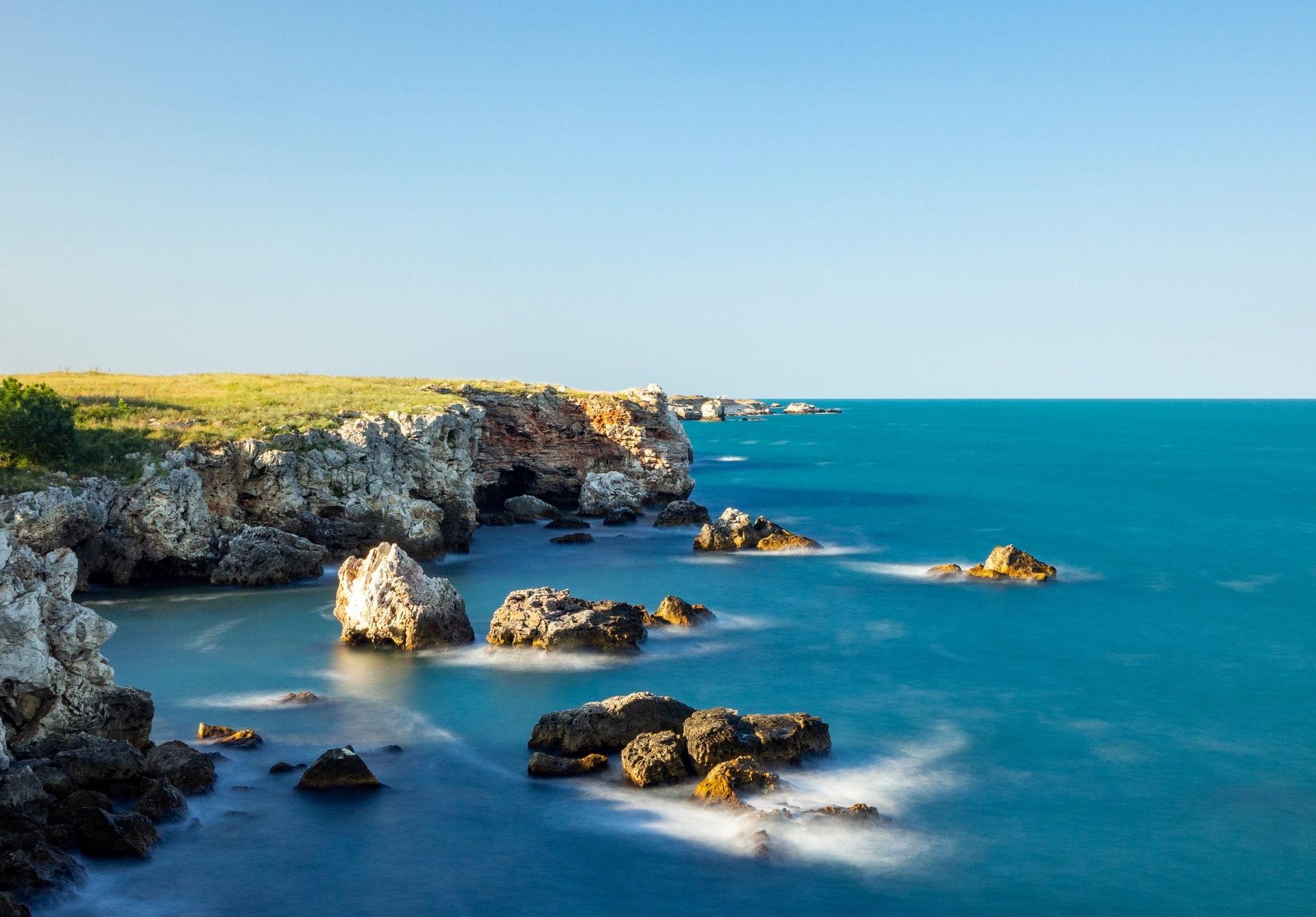 Tyulenovo sziklás partja